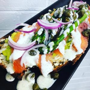 smoked-salmon-and-cream-cheese-open-sandwich-500sq
